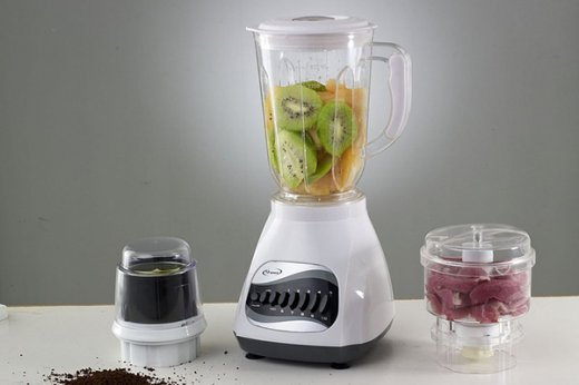 Quick and easy way to clean a blender