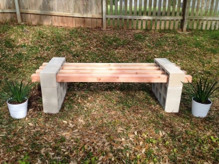 Simple DIY cinderblock bench