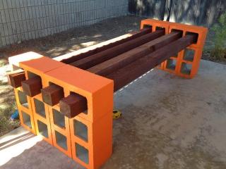Simple DIY cinderblock bench