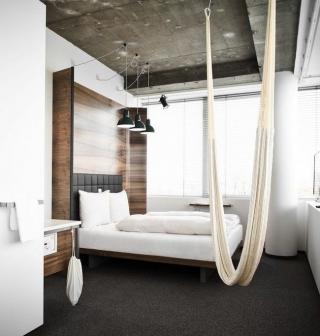 20 indoor hammocks for inspiration